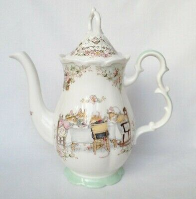 Brambly Hedge Coffee Pot - Royal Doulton • 230£