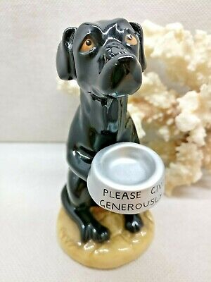 Beswick Lunchtime Lab Bryn Parry Studios Begging Dog • 25£