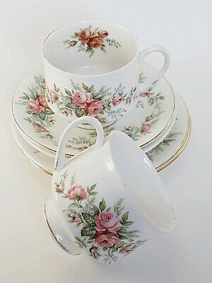 Royal Standard Rambling Rose 2 Cups, Saucers And Side Plates • 8.99£