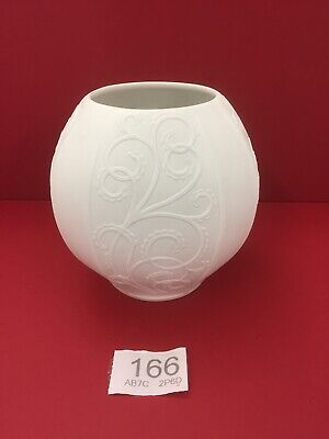 Rare Shape Kaiser Porcelain # 0739 Signed By Manfred Frey White Bisque Finish • 24.99£