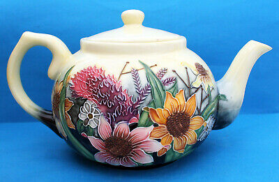 Old Tupton Ware Teapot In Summer Bouquet Design • 19.99£