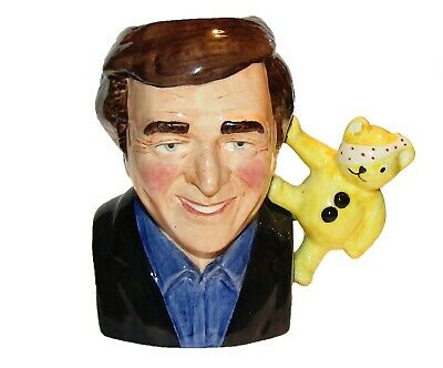Bairstow Manor Collectables Figurine ' Terry Wogan ' Egg Cup  1st Quality • 24.99£