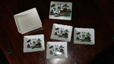 Sandland Ware - Trinket Box With  4 Pintrays/ashtrays • 10£