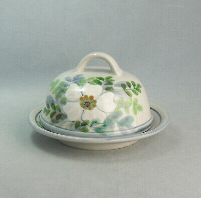 Highland Stoneware  White Floral  Cheese Dish  Hand Painted  Scotland • 45£