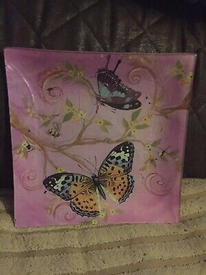 """Butterfly Saucer 8"""" By 8"""" • 0.99£"""