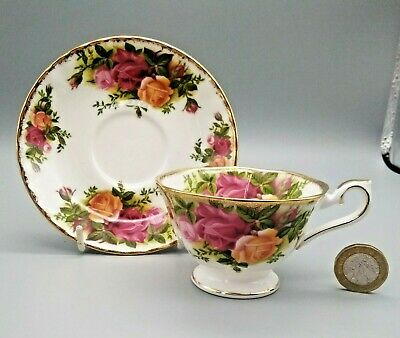 Rare Size Vintage English Royal Albert Old Country Roses Coffee Cup & Saucer 2  • 14.99£