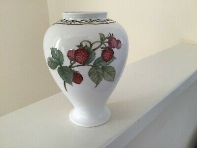 Noritake 9416 Royal Orchard 13cm Vase With Strawberries And Blackberries • 16£