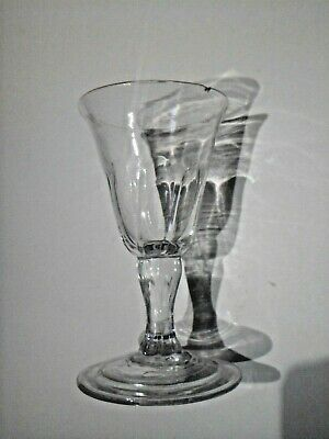Georgian Wine Glass, Moulded Bowl And Stem With A Foldover Foot. Circa 1720-1730 • 15£