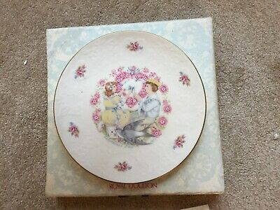 Royal Doulton Valentines Day 1977 Collectors Plate / Boxed • 2.30£