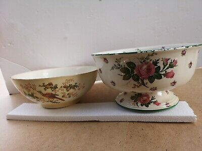 Set Of Crown Ducal Ware England Bowls • 9.99£