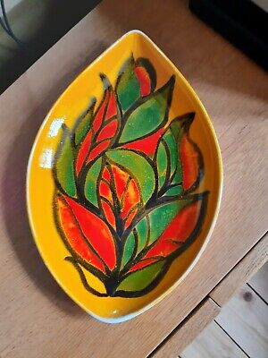 Poole Pottery Decorative Plate, Orange/red/green/black Colour. Length 12in/30cm. • 7.50£