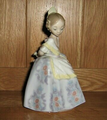 Rare Lladro Figurine 5374 Valencianita Triste Boxed Excellent Condition  • 69£
