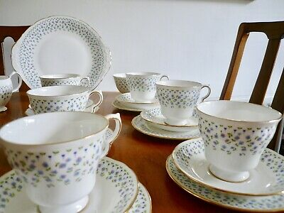 Vintage English Bone China Queen Anne Forget Me Not Ditsy Blue Tea Set 21 Piece • 38£