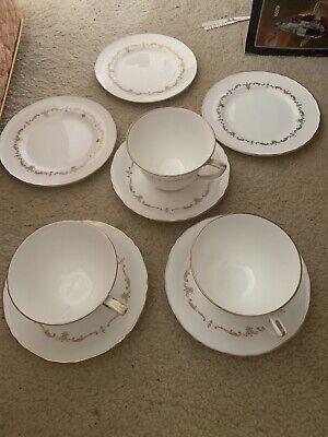 Royal Worcester Gold Chantilly Tea Cups And Saucers, Side Plates • 19.99£