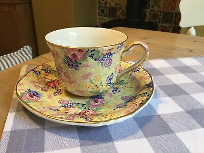 """Royal Winton Vintage Chintz Floral Cup And Saucer """"Welbeck"""" • 3.20£"""
