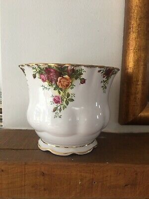 Royal Albert Old Country Roses Porcelain Planter Plant Pot • 3.30£