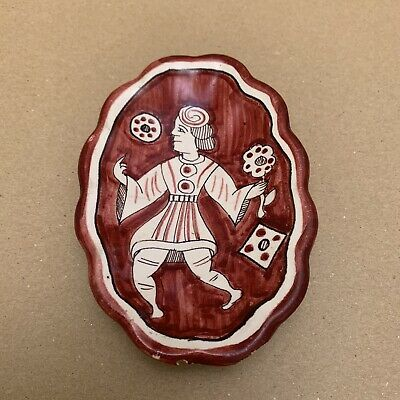 Vintage Hand Painted Deruta Pottery Red Fluted Plate Dish - Dancing Man - Italy  • 3.50£