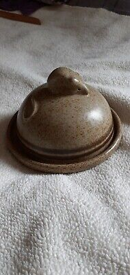 J Hilder Signed Studio Pottery Cheese Or Butter Dish Mouse Beautiful Condition  • 17.99£