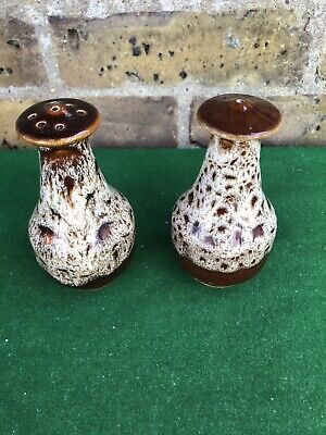 Vintage Fosters Cornwall Honeycomb Pattern Salt And Pepper Shakers • 12£