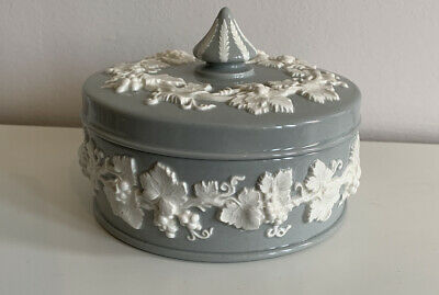 Wedgwood Queensware Large Grey Trinket Box With Lid - Perfect • 5.50£