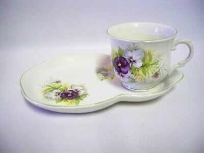 James Kent Antique Pottery, Pansy Pattern Cup & Tennis Saucer • 14£