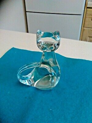 Chinese Made Clear Glass Cat Paperweight/Ornament (3036) • 15£