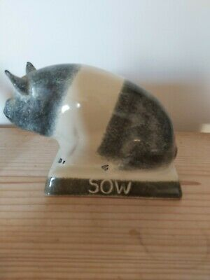 Rye Pottery Sow • 25£