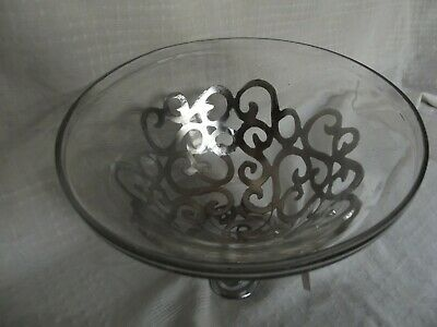 SIA Collection Glass Fruit Bowl With Silver Metal Stand • 16£