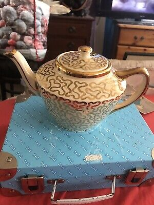 Xmas Gift Vintage Art Deco Beautiful Gold And Cream Teapot Made In England • 4.70£