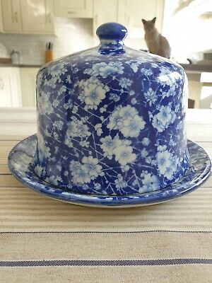 Blue And White China Cheese Dome • 10£