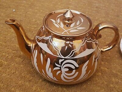 Lovely Vintage Gibson Gold And White Large Tea Pot  • 14.99£