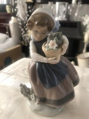 Lladro 5223, Spring Is Here, Girl Holding Pot Of Flowers, Retired 2004  • 6£