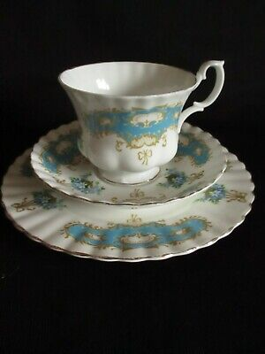 Vintage Mismatched Trio: Pretty Blue Tea Cup, Saucer And Side Plate - Lovely  • 5.50£