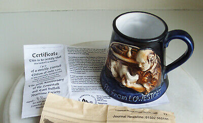 Great Yarmouth Pottery Mug  LOWESTOFT PORCELAIN KILNS  • 8£