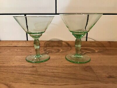 Vintage Art Deco Green Glass Cocktail Glasses - Pair - Delicate Crystal • 20£