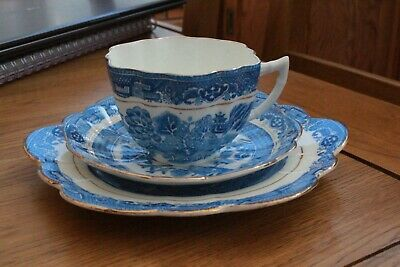 Vintage Melba China Blue And White Willow Cup And Saucer Trio • 19.99£