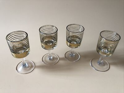 Set Of 4 Small Gold Trimmed Vintage Sherry Glasses  • 12£