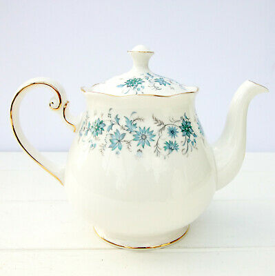 Vintage Colclough Braganza Bone China Blue Floral 1.5 Pint Teapot • 30£