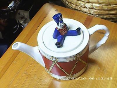 Wade Drummer Boy Tea Pot Exclusively For Boots • 10£