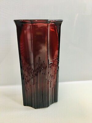 """Avon Ruby Red (Cranberry) Vase (1896 Cape Cod Collection) 6.5"""" Tall, 1970s • 3.75£"""