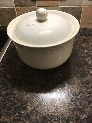 Bhs Lincoln Tableware - Large Lidded Serving / Casserole Bowl • 8£