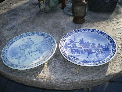 Pair Of Antique Delfts Wall Plates • 50£