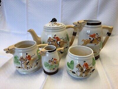 Hunting Set Of Jugs, Teapot And Sugar Bowl By Keele Street Pottery • 10£
