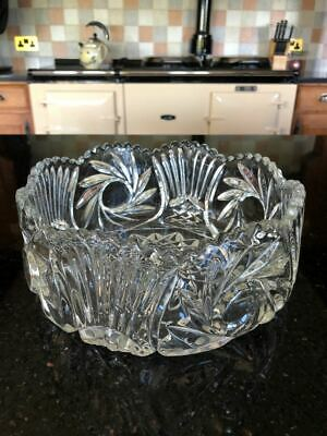 Vintage Pressed Glass Fruit Bowl With Scallop Edge - Stunning • 10.50£