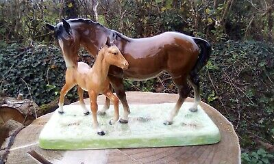 Beswick Mare And Foal 1941-49 • 60£