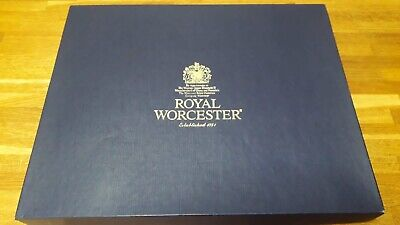 Royal Worcester Serving Plate And Knife *BRAND NEW* Cake • 20£