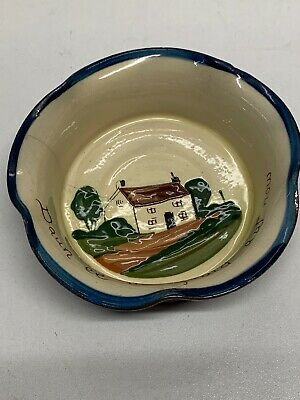 Torquay Pottery Dish With Crack  • 5£