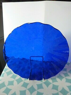 Blue Glass Fluted Dish • 12.99£