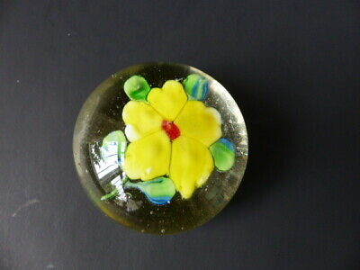 Vintage  Small  Glass Paperweight - Yellow Flower • 9.99£