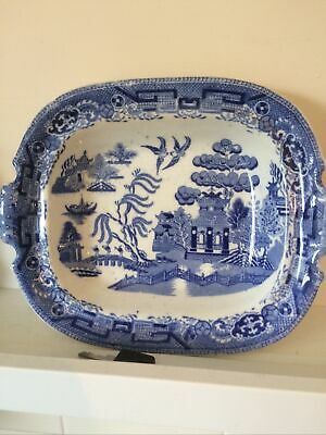 Antique Willow Pattern Dish • 3.20£